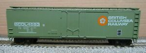 Roundhouse British Columbia BCOL 50' Plug-door Boxcar (RTR) w/KD