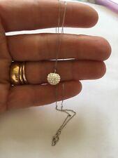 9ct Oro Blanco 375 Collar y Colgante caracteriza