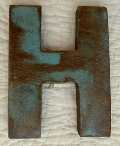 """NWT 6"""" Distressed Wooden Letter H Wood Blue"""