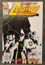 DC Legion of Super-Heroes #32 August 1992- The First to Fall - 9.6 NM+