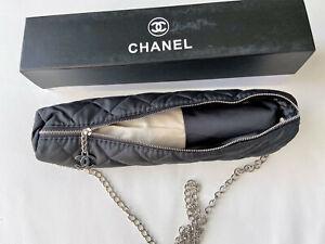 Chanel Regenschirm in Klassisches Beige und Schwarz Farben