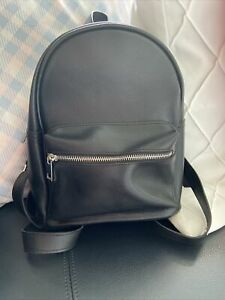 FOREVER 21 MINI BLACK BACKPACK w/ SILVER ZIPPER - IN VERY GOOD CONDITION