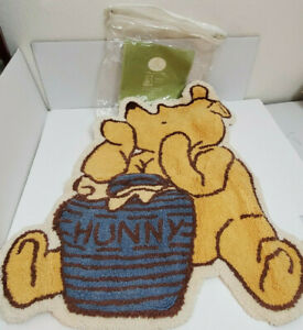"Disney Target Classic Pooh Shaped Rug Baby Infant Nursery Bedroom 25"" x 31"" Mat"