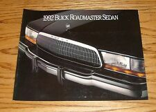 Original 1992 Buick Roadmaster Sedan Foldout Sales Brochure 92
