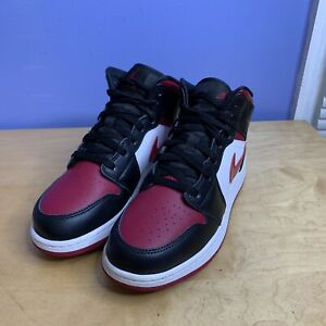 "Nike Air Jordan 1 Mid (GS) Shoes ""Bred Toe"" Noble Red 554725-066 Youth 7 y"