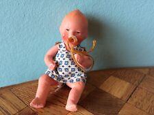 altes Baby mit Schnuller Massepuppe Ari ? Puppenstube Puppenhaus dollhouse doll