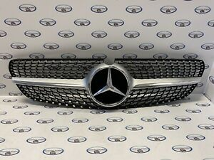 Mercedes Benz W205 Diamant C-Klasse Grill Kühlergrill 9
