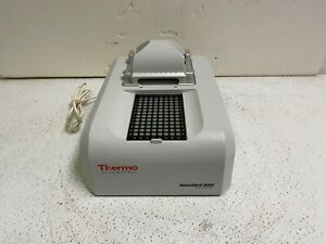 Thermo Scientific NanoDrop ND-8000 8-position Spectrophotometer