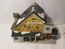 Dept 56 New England Series - Jannes Mullet Amish Barn - #5944-7