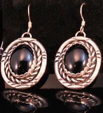 Onyx Hook Fine Earrings