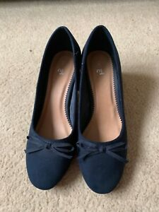 Navy Suede Court Shoes size 5 Excellent Condition