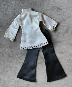 Barbie Maddie Mod Black & White Satin w Metallic Accent Pants & Top