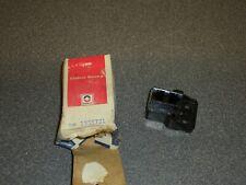 New NOS OEM Delco Remy Alternator Brush Holder 1955731 20DN IHC International