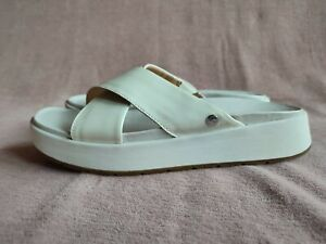 UGG Emily Slide/Sandal, Uk Size 4. White Colour