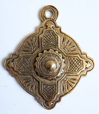 Croix pendentif AGATHA en métal doré  Bijou