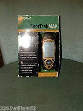 Magellan SporTrak Map  Handheld GPS Reciever Bundle