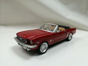 Superior 1/24 1965 FORD MUSTANG convertable Red American muscle car