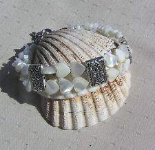 """White Mother of Pearl Shell Heart Bracelet """"Gardenia"""""""