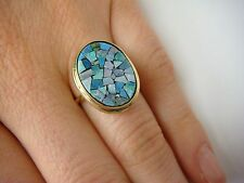 ! VINTAGE MOSAIC OPAL LADIES RING, 4 GRAMS, SIZE 4.75, YELLOW GOLD.