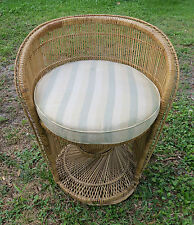 Wicker Peacock Fan Back Buri Chair vtg rattan/bamboo 70s low Back round natural