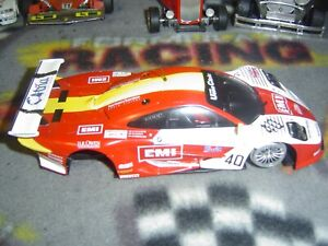 1/32 Slot.it #40 NISSAN R390 GT1 body with front axle, guide, bare chassis-used