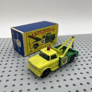 Lesney Matchbox 13 BP Dodge Wreck Truck New Model Original Box