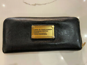 Marc by Marc Jacobs Zip Around Continental Long Wallet in Black