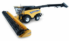 1:32 scale New Holland CR10.90 Combine with Front Wheels Die-cast Model - J4868