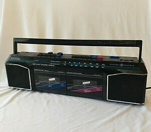 Vintage GE High Speed Dubbing Dual Cassette Stereo Boombox RECORDER AM FM Radio