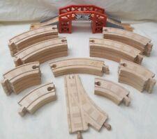 Thomas & Friends Vicarstown Dieselworks Bridge & 31 Curved  Wooden Train Tracks