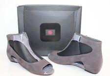Tsubo 1006927 Gerri 9.5 Women Snake Print Suede Open Toe Shoes Charcoal Grey 9.5