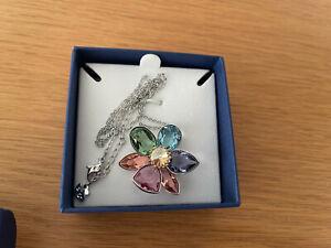 Women Genuine Swarovski Flower Pendant Necklace in box