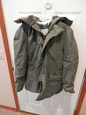 Vintage N-3B Snorkel Parka Coat size medium cold weather Scovill green hood USA