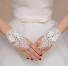 Encaje de boda blanco apagado con cuentas de mariposa Guantes Guantes de Encaje con nupcial por par