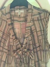 GAP , A beautiful  Summer Blouse,  size S /P (Approx 12/14)