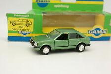 Gama 1/43 - Opel Kadett D 5 Portes Green