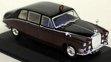 Atlas 1/43 Scale Daimler DS420 Limousine - Queen Mother 1970 Diecast Model Car