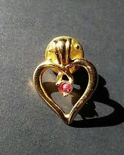 Gold Tone Ruby Red Stone >D> Mark Vintage Heart Valentine Hat Lapel Pin Tie Tack