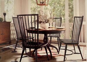 Thomasville Furniture Cinnamon Hill Round Dining Table & Spindle Chairs Set