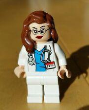 Genuine LEGO FEMALE Minifigure Doctor Nurse Surgeon Lt Flesh Brown Hair Glasses