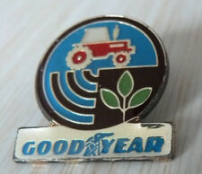 BEAU PIN'S PNEU GOOD YEAR TRACTEUR AGRICOLE