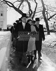 PRESIDENT JOHN F KENNEDY LEAVES WHITE HOUSE FOR INAUGURATION 8X10 PHOTO (AA-890)
