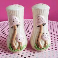 Vintage Salt and Pepper Shaker Set Retro Pink Ceramic Mushrooms 1950s 1960s