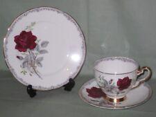 Royal Stafford Rose da ricordare TRIO TAZZA PIATTINO Tè PIASTRA LATERALE &