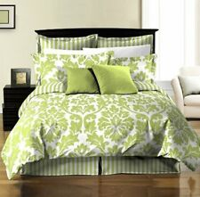 8-Piece Reversible White Green Leaf/Stripe Comforter Set with Sheets Full/Double