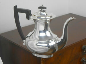 VINERS of SHEFFIELD - SILVER PLATED COFFEE POT - VINTAGE