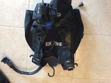 Sea Quest Balance BCD with surelock weight pockets size is small