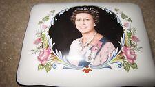 Crown Staffordshire 1977 Queen Elizabeth II Silver Jubilee Trinket Dresser Box