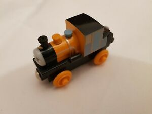 Thomas The Tank & Friends WOODEN WOOD DASH TRAIN POSTAGE DISCOUNTS