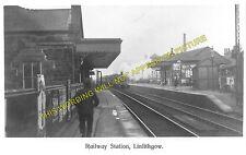 Linlithgow Railway Station Photo. Manuel - Philiptoun. Falkirk to Edinburgh. (1)